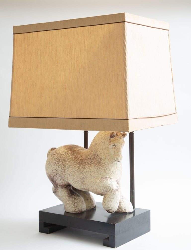 Asian Modern Horse Ceramic Table Lamp In Good Condition For Sale In West Palm Beach, FL
