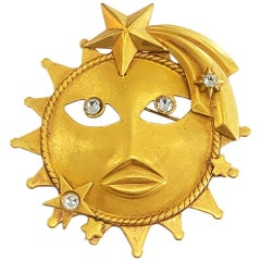 Askew of London Large Sun brooch pin with diamantes