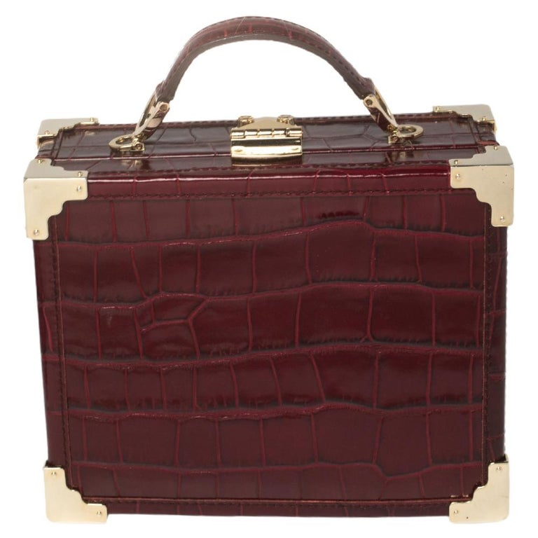 Aspinal Of London Burgundy Croc Embossed Leather Trunk Top Handle Bag In Good Condition For Sale In Dubai, Al Qouz 2