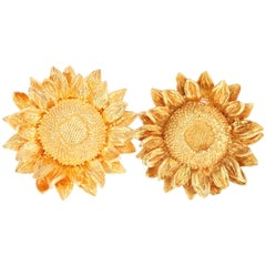 Asprey 18 Karat Yellow Gold Sunflower Clip-On Earrings