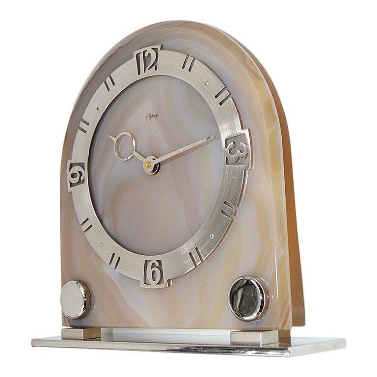 Asprey Art Deco Agate 8 Day Manual Wind Desk Clock, 1930s In Excellent Condition For Sale In Venice, CA