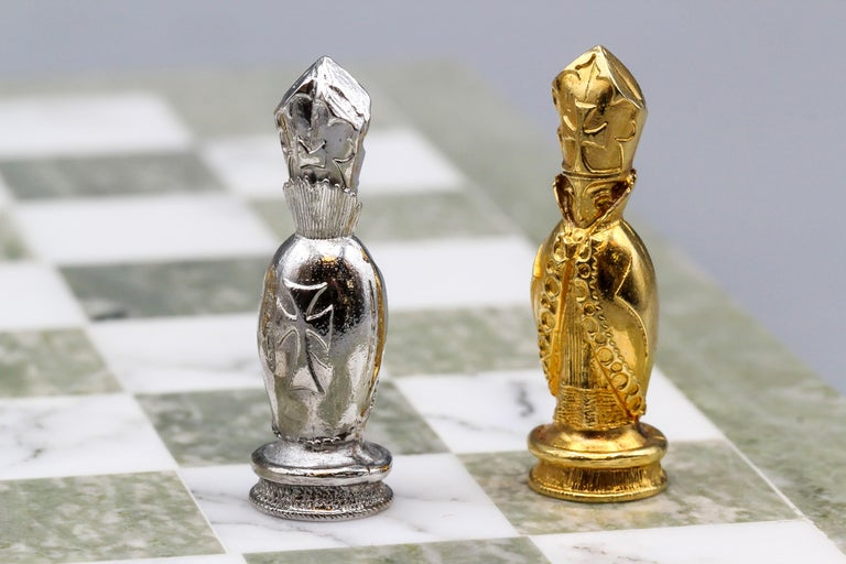 Asprey White and Yellow Gold Marble Chess Set For Sale 7