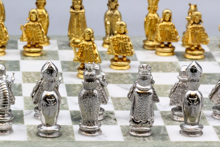 Asprey White and Yellow Gold Marble Chess Set For Sale 2