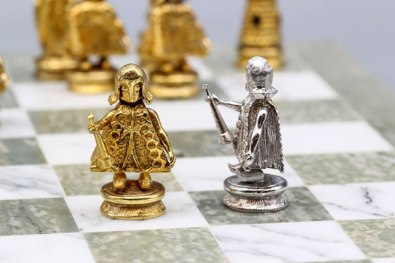 Asprey White and Yellow Gold Marble Chess Set For Sale 4