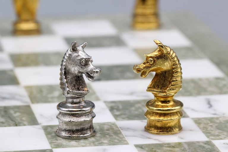 Asprey White and Yellow Gold Marble Chess Set For Sale 5