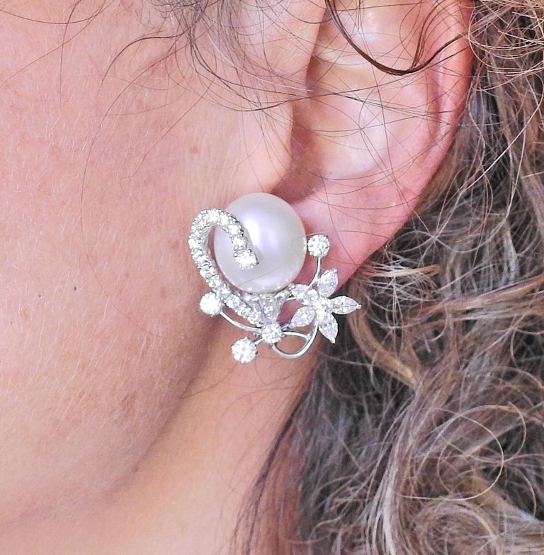 Assael South Sea Pearl Diamond Gold Cocktail Earrings In New Condition For Sale In Boca Raton, FL
