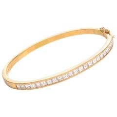 Asscher Cut 4.00 Carat Diamond 18 Karat Gold Bangle Bracelet