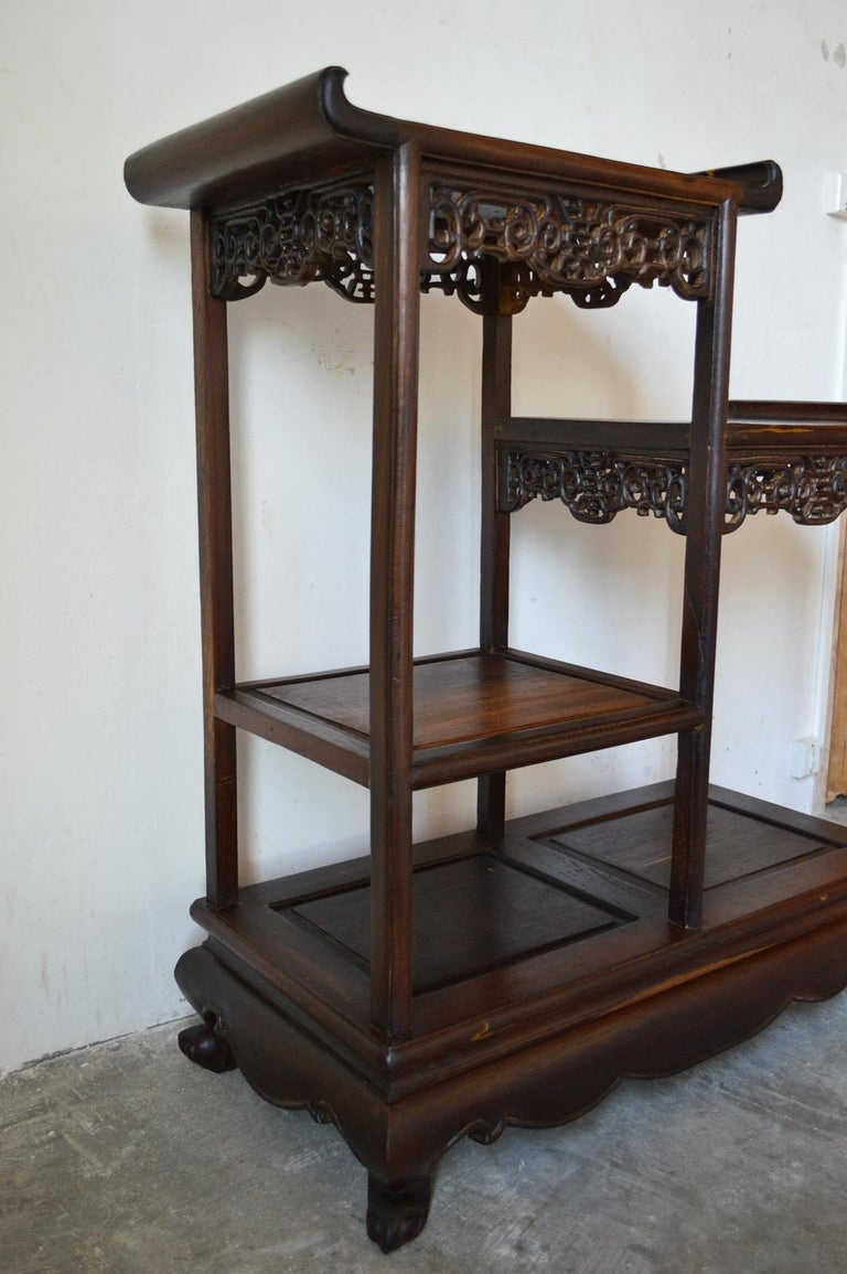 Asymmetrical Indochinese Shelves / Pot Stand / Bookcase in Carved Wood, 1930s For Sale 4