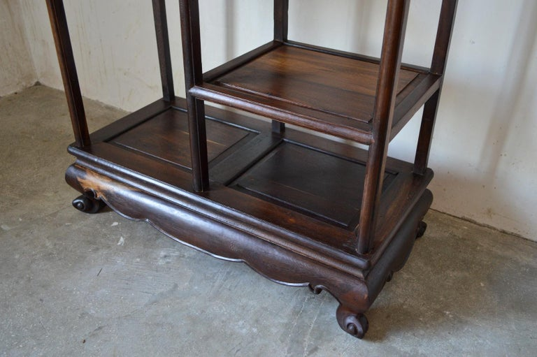 Asymmetrical Indochinese Shelves / Pot Stand / Bookcase in Carved Wood, 1930s For Sale 1
