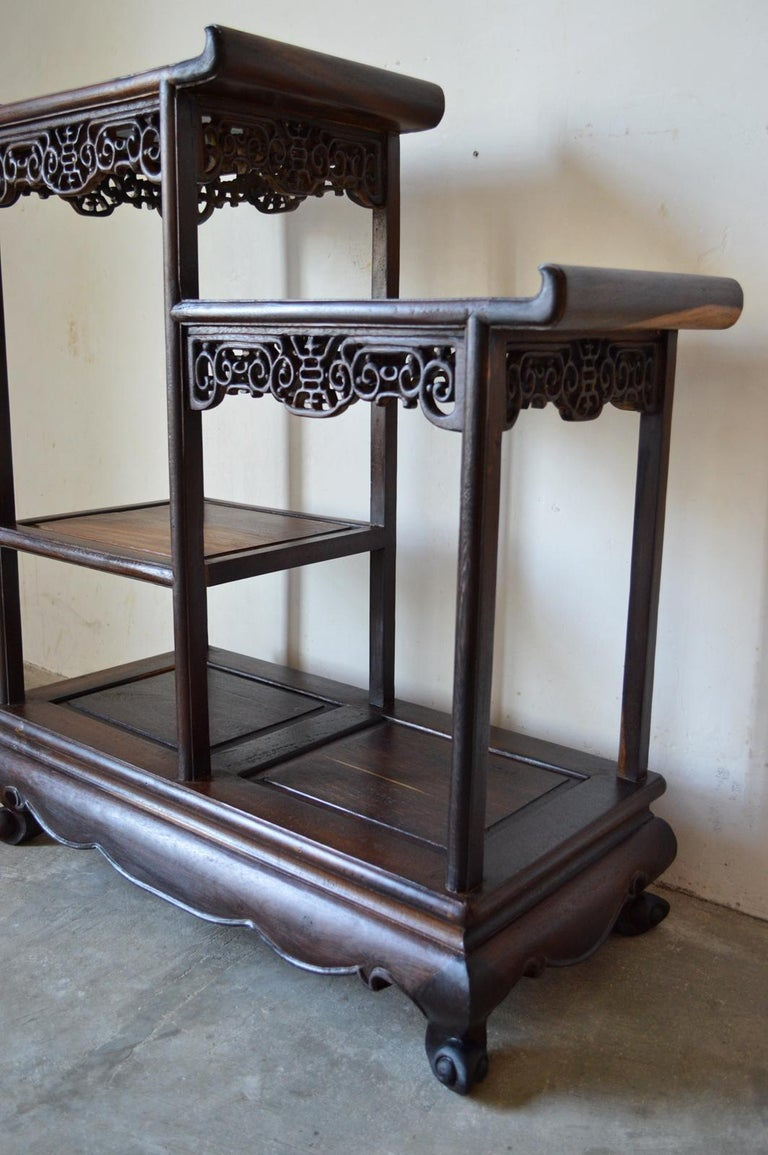 Asymmetrical Indochinese Shelves / Pot Stand / Bookcase in Carved Wood, 1930s For Sale 3