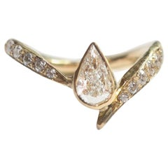 Asymmetrical Pear Diamond Ring in 18 Karat Yellow Gold