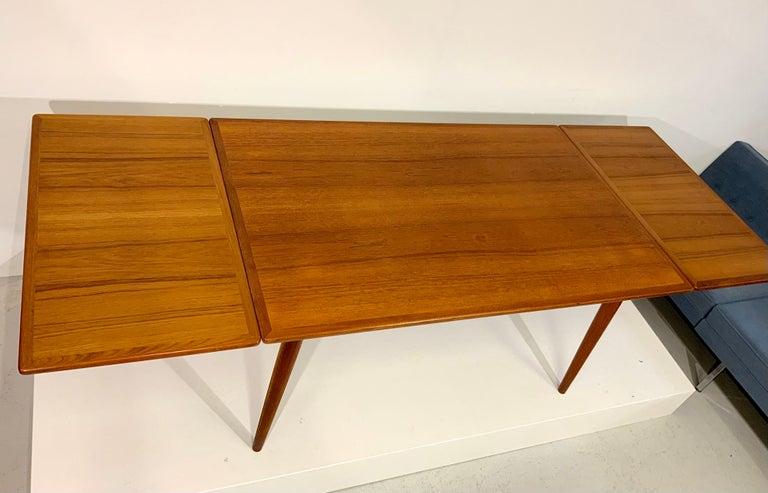 AT-312 Hans Wegner for Andreas Tuck Oak & Teak Midcentury Dining Table, Denmark For Sale 3