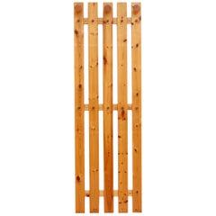 Ate van Apeldoorn Pine Slat Wall Mount Coat Rack