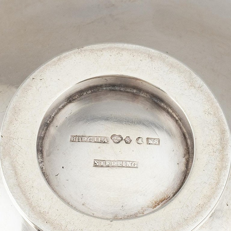Atelier Borgila, sterling silver bowl. Signed and dated 1939. A small and very fine bowl of timeless design.  Atelier Borgila was founded in 1921 by the designer Erik Fleming (1894-1954) and achieved in a short time fame and success and also