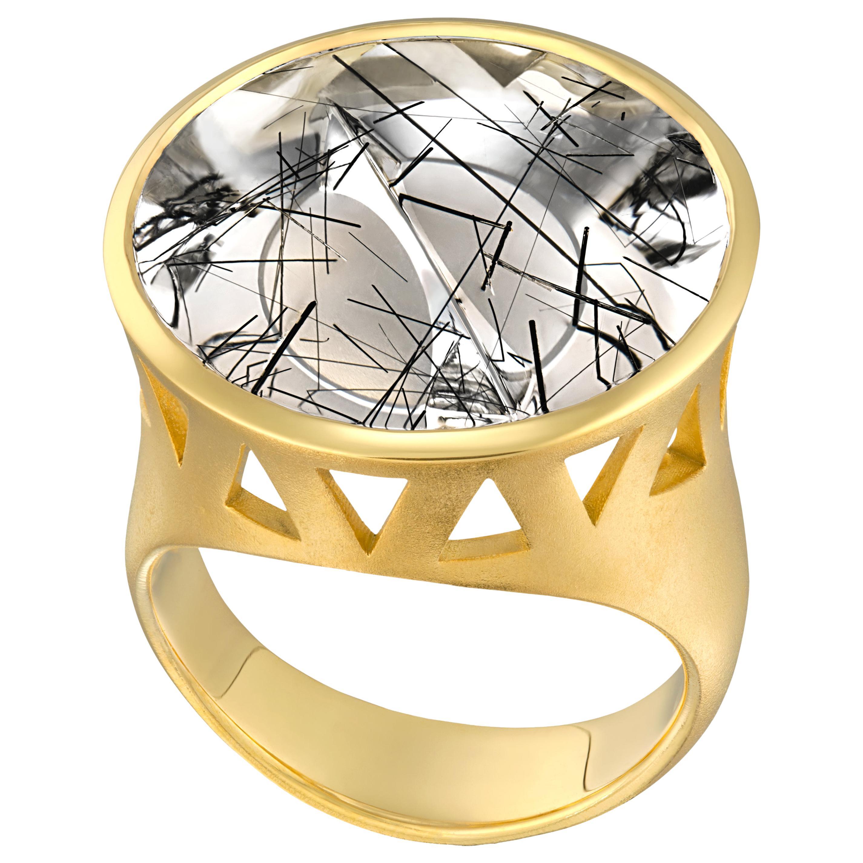 e40a9dae5 Vaid Roma Three Dimensional Golden Rutilated Quartz Onyx Gold Ring at  1stdibs