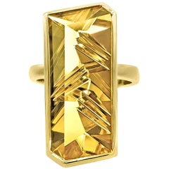 Atelier Munsteiner Vivid Fancy Cut Golden Beryl One of a Kind Vertical Bar Ring