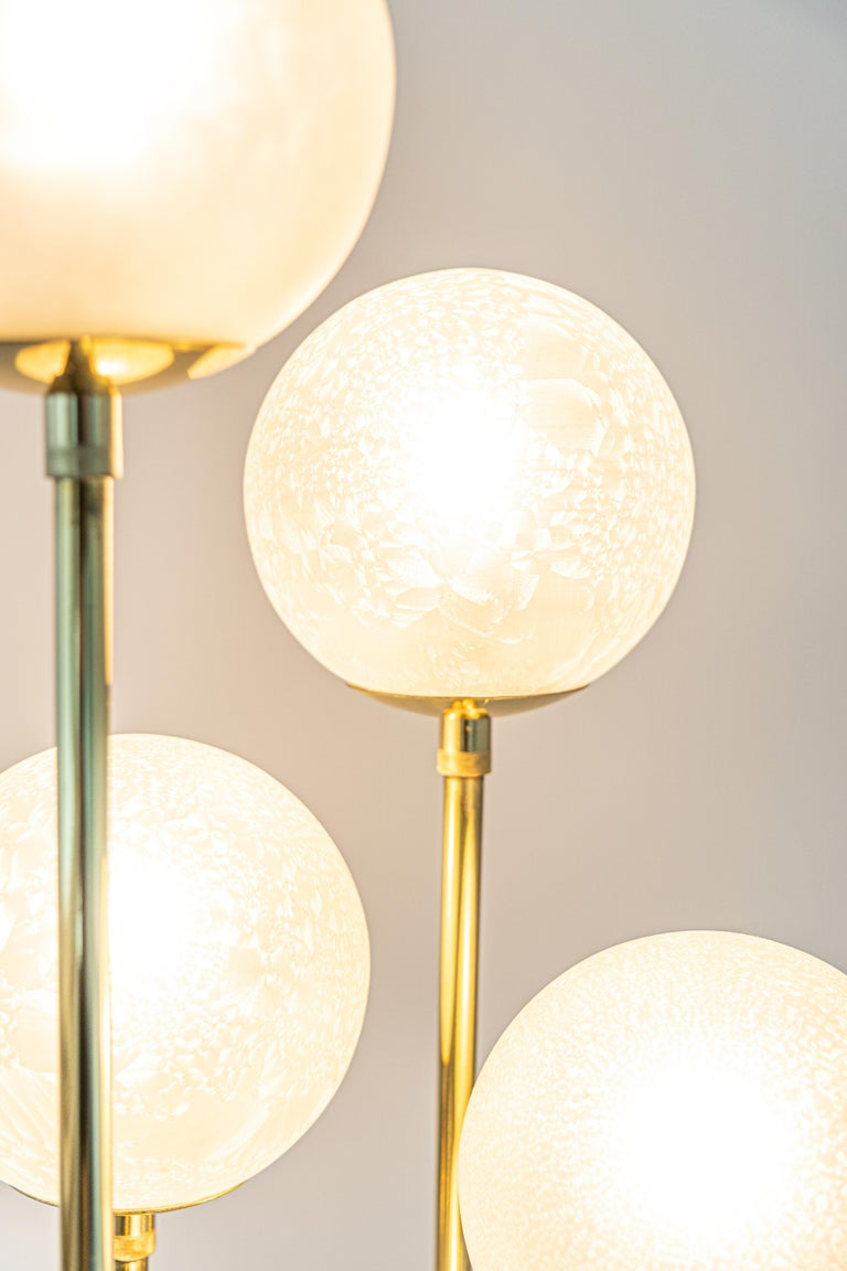 Atomic brass floor lamp by Kaiser, Germany, 1960s 5 x E14 small bulbs (40 watts max for each bulb) Light bulbs are not included. It is possible to install this fixture in all countries (US, UK, Europe, Asia, Australia.)  Very good original