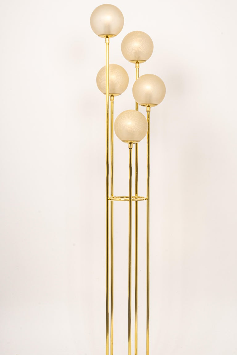 Atomic Brass Floor Lamp by Kaiser, Germany, 1960s In Good Condition For Sale In Aachen, DE