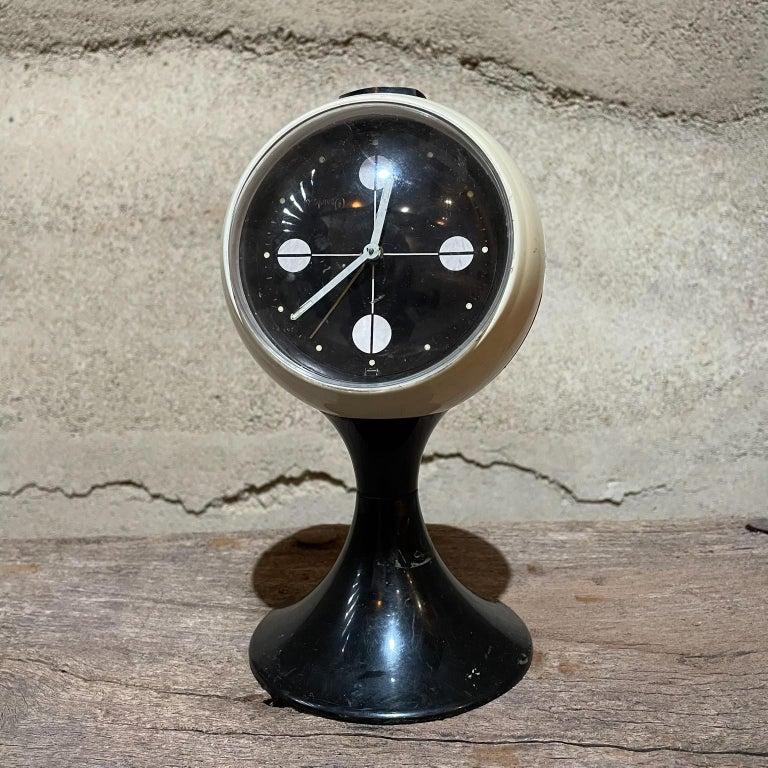 Mid-Century Modern Atomic Modern Westclox Vintage Tulip Pedestal Clock Black & White, 1960s