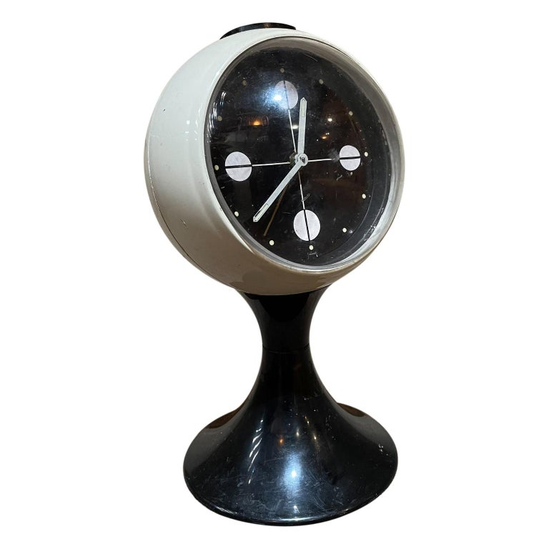 Atomic Modern Westclox Vintage Tulip Pedestal Clock Black & White, 1960s