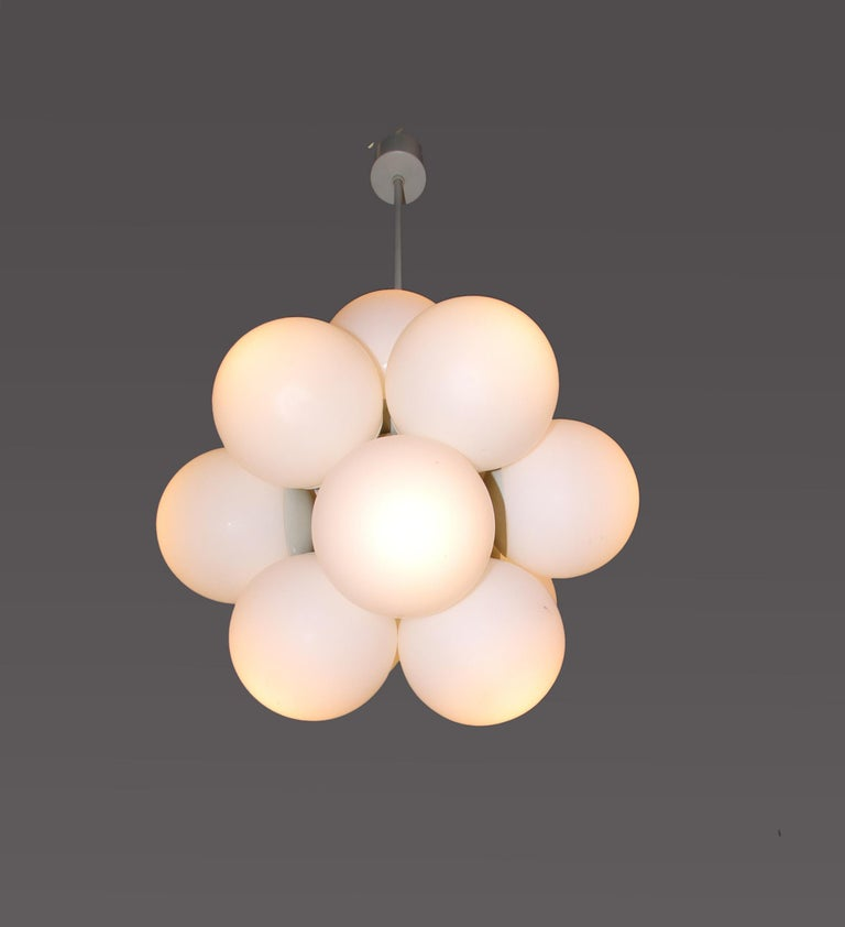 Mid-20th Century Atomic Molecular 12 Glass Globes Chandelier by Kaiser, Germany, 1960s For Sale