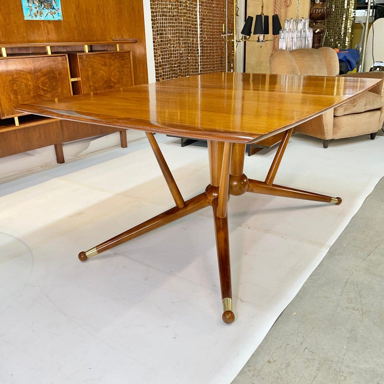 Atomic Molecule Base Dining Table For Sale 10