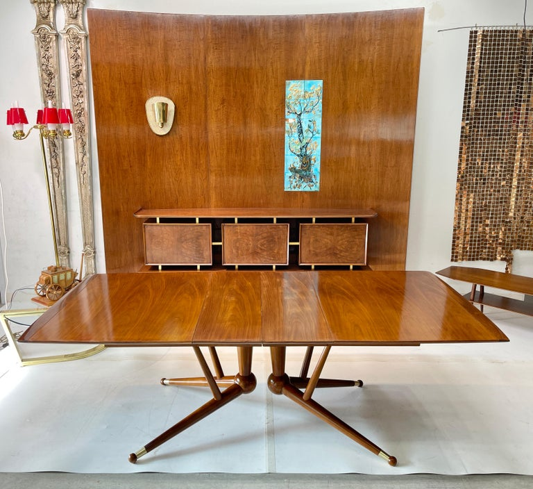 Mid-Century Modern Atomic Molecule Base Dining Table For Sale