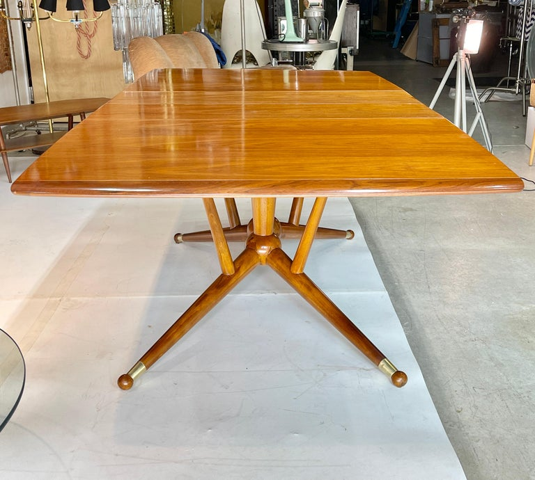 Atomic Molecule Base Dining Table In Good Condition For Sale In Hingham, MA
