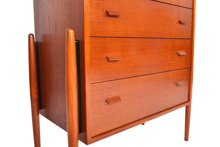 Atomic Six-Drawer Highboy Dresser in Teak For Sale 2