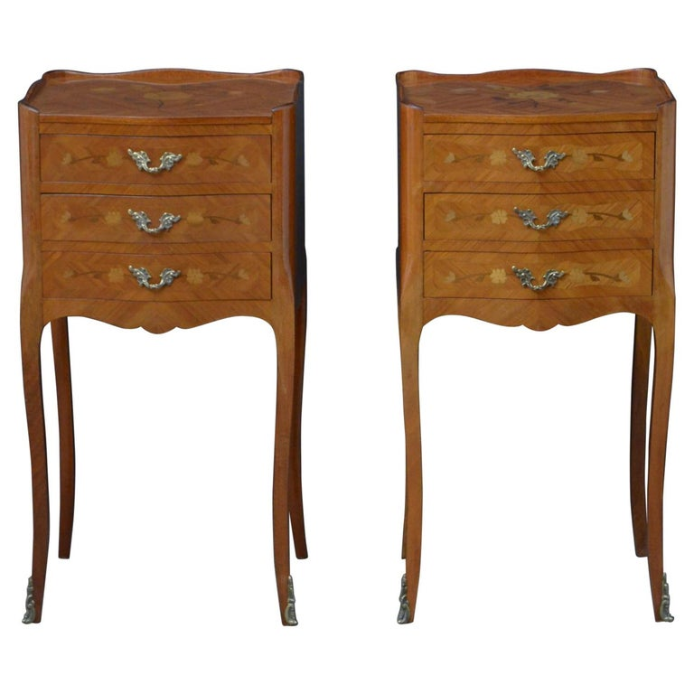 Attractive Pair of Bedside Cabinets For Sale