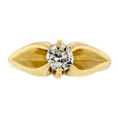Attractive Victorian circa 1895 14 Karat Yellow Gold and Diamond Ring