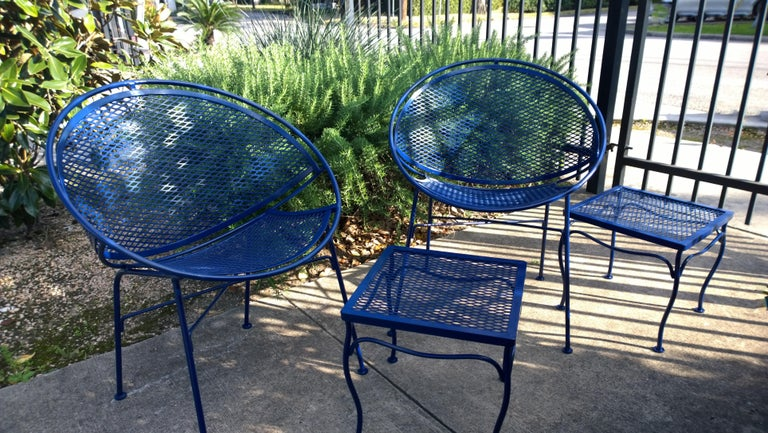 John Salterini Attributed Wrought Iron Enameled in Blue Patio/Garden Stools Pair For Sale 7