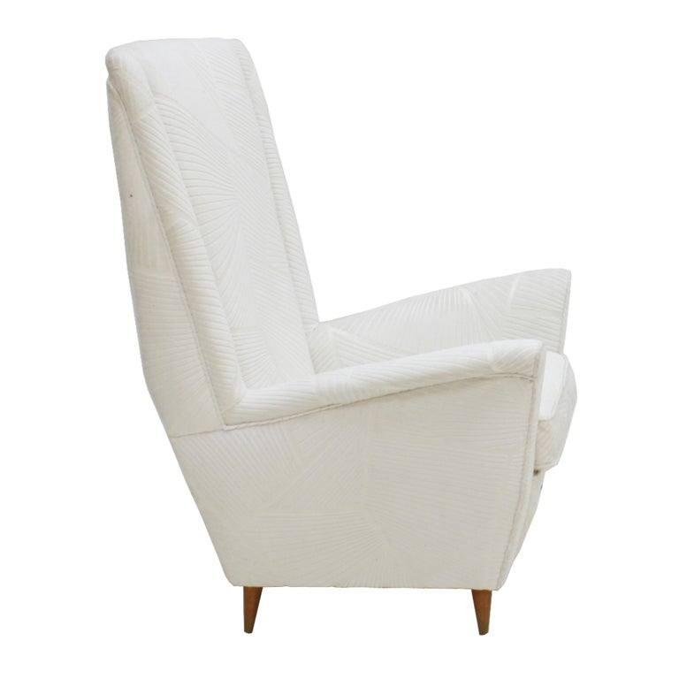 Mid-20th Century Attributed To Gio Ponti Pair Of White Velvet Italian Armchairs. Italy 50s For Sale