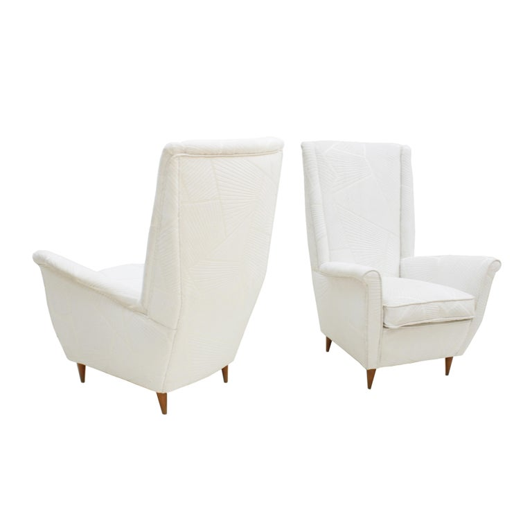 Attributed To Gio Ponti Pair Of White Velvet Italian Armchairs. Italy 50s For Sale