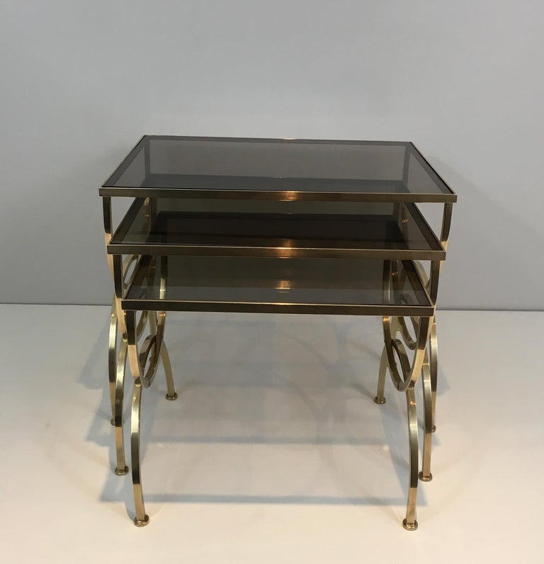 Set of 3 Brass Nesting Tables  In Good Condition For Sale In Marcq-en-Baroeul, FR