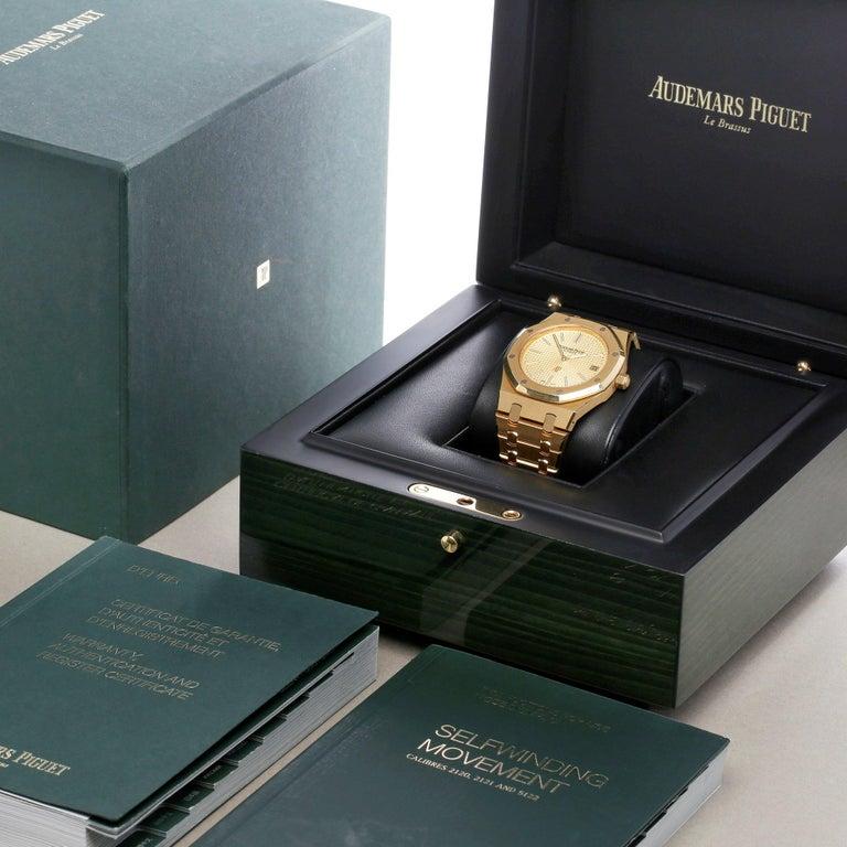 Audemars Piguet Royal Oak 0 15202BA Men Yellow Gold Boutique Only Edition Watch For Sale 6