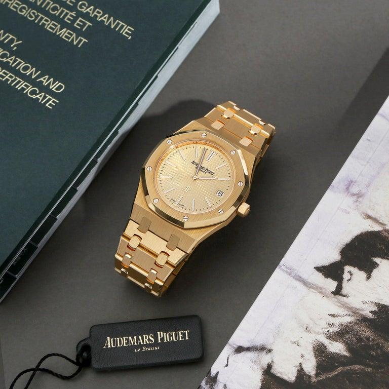 Audemars Piguet Royal Oak 0 15202BA Men Yellow Gold Boutique Only Edition Watch For Sale 7