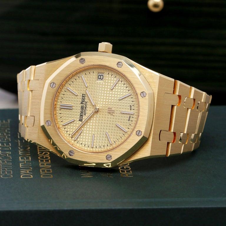 Audemars Piguet Royal Oak 0 15202BA Men Yellow Gold Boutique Only Edition Watch For Sale 5