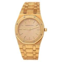 Audemars Piguet Royal Oak 18 Karat Yellow Gold Quartz Men's Watch