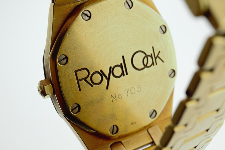 Audemars Piguet Royal Oak Yellow Gold Watch In Good Condition For Sale In New York, NY