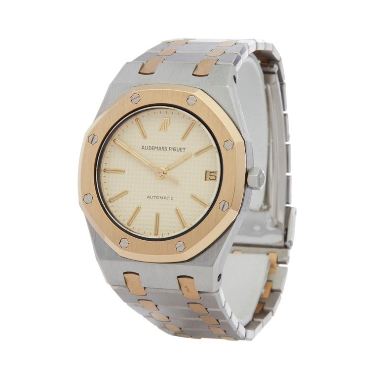 Xupes Reference: W007352 Manufacturer: Audemars Piguet Model: Royal Oak Model Variant:  Model Number: 4100 Age: 1978 Gender: Unisex Complete With: Xupes Presentation Box Dial: White Baton Glass: Sapphire Crystal Case Size: 35mm Case Material: