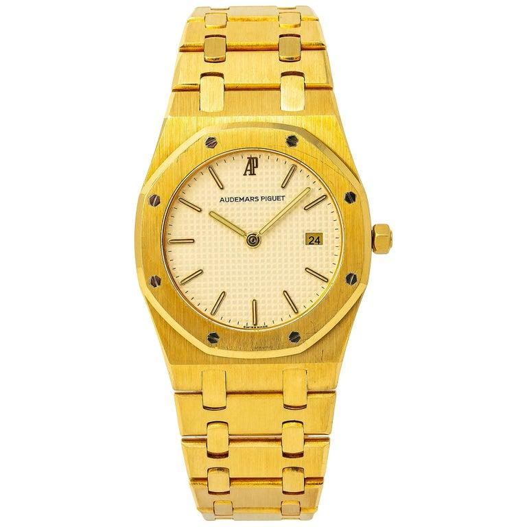 Audemars Piguet Royal Oak 56175 Quartz 18 Karat Yellow Gold Unpolished Unisex For Sale