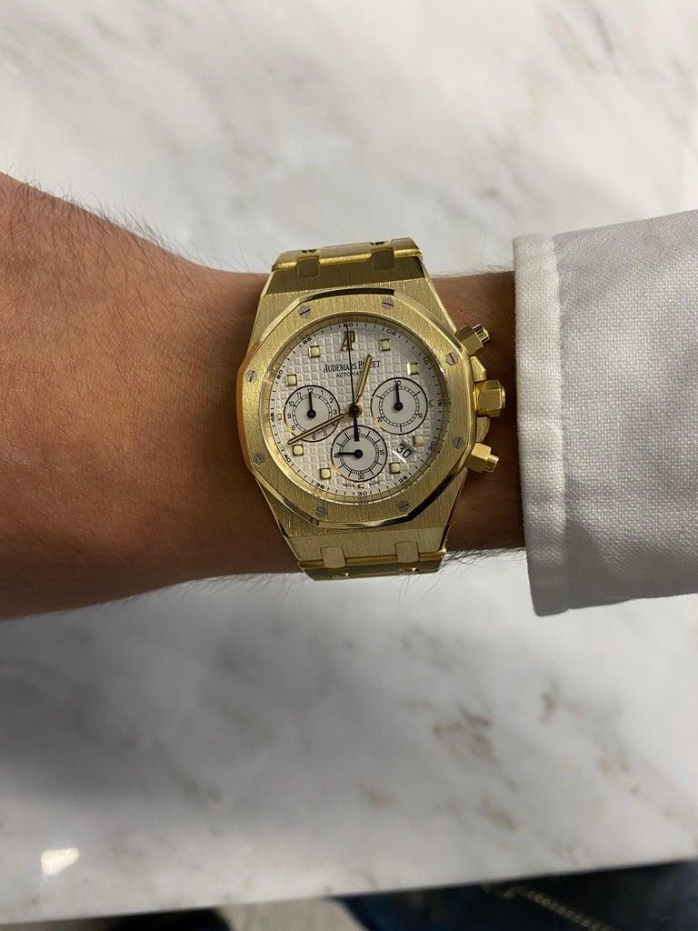 Women's or Men's Audemars Piguet Royal Oak Chronograph Yellow Gold Watch For Sale