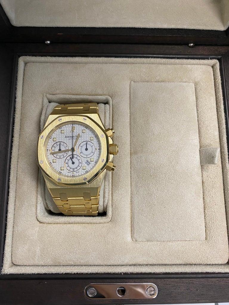 Audemars Piguet Royal Oak Chronograph Yellow Gold Watch For Sale 5