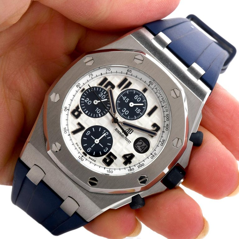 Audemars Piguet Royal Oak Offshore Chronograph Stainless Watch 18117  In Excellent Condition For Sale In Miami, FL