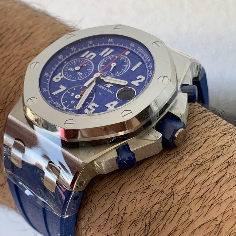 Audemars Piguet Royal Oak Offshore Indigo Blue Edition 26470ST.OO.A030CA.01 In Excellent Condition For Sale In West Hollywood, CA