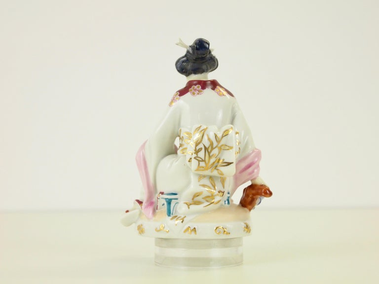 20th Century Augarten Wien Porcelain Figurine Depicting a Chinese Woman by Mathilde Jaksch For Sale
