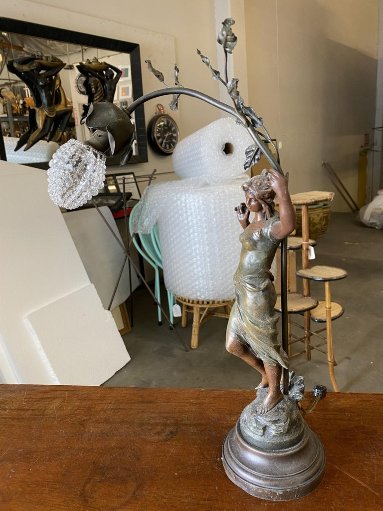 Auguste Moreau Signed Bronze-Plated Spelter Female Art Nouveau Figural Lamp In Excellent Condition For Sale In Van Nuys, CA