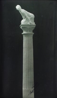 Sphinge sur Colonne (Sphinx Atop Column)