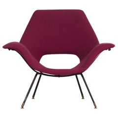 """Augusto Bozzi Armchair, Model """"Golden"""", Manufactured by Fratelli Saporiti, 1950s"""